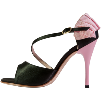 Pump in black satin with pink grossgrain ruffle