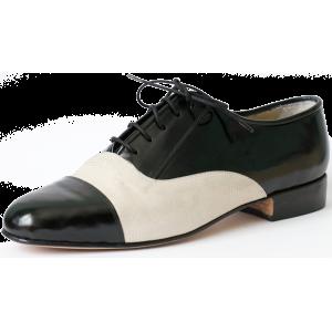 Black semi-glossy patent leather and cream iguana